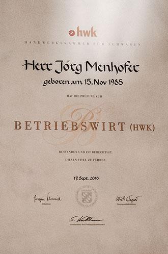Betriebswirt Jörg Menhofer