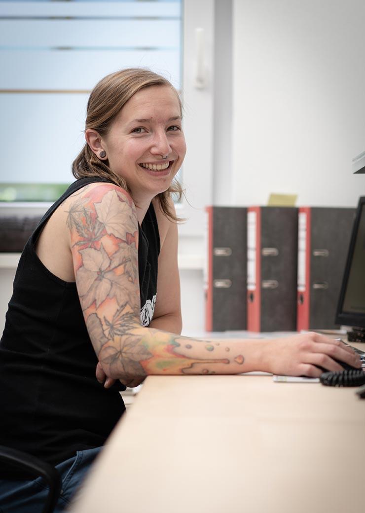 Verena Mesenberg Bürokraft Ersatzteile, Kundenservice